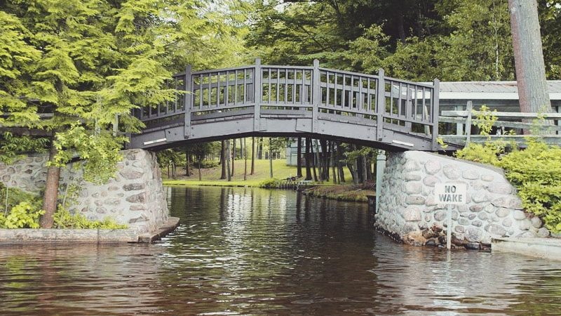 Lily_Pond_Foot_Bridge-min-min
